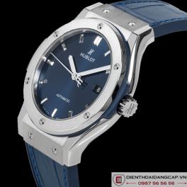 HUBLOT Classic Fusion Automatic Blue Sunray Dial Titanium 42mm 542.NX.7170.LR -04