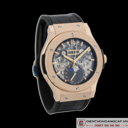 Hublot Classic Fusion Aerofusion Moonphase King Gold 02