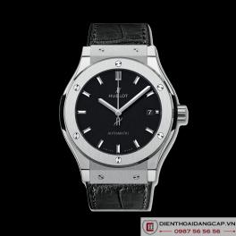 Hublot Classic Fusion Titanium Black 05