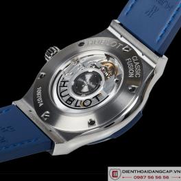 HUBLOT Classic Fusion Automatic Blue Sunray Dial Titanium 42mm 542.NX.7170.LR -02
