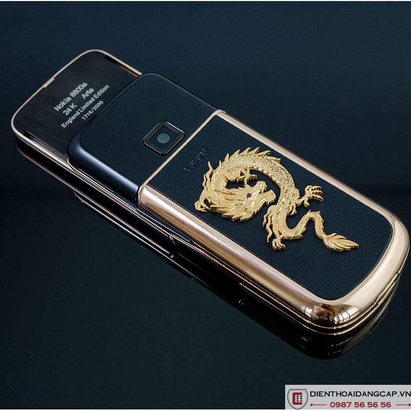 Nokia 8800 Vàng hồng da đen đính rồng phím đá