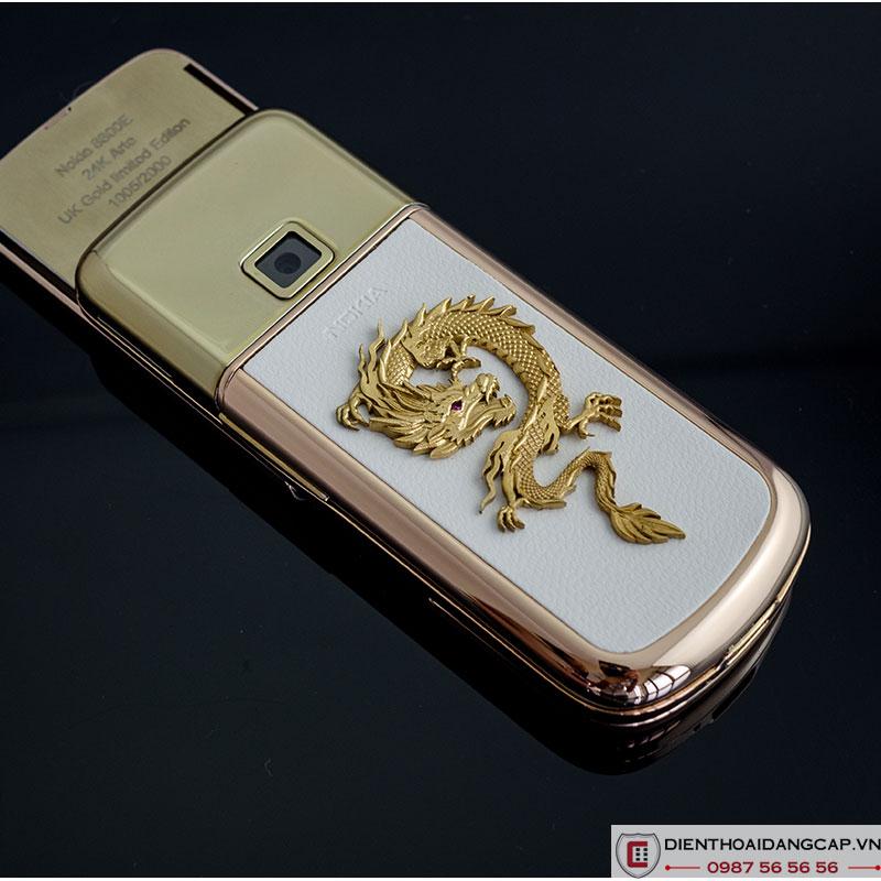 Nokia 8800 Vàng hồng da trắng đính rồng phím đá