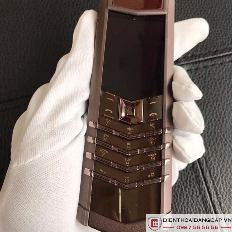 vertu-cu-signature-pure-chocolate-02.jpg